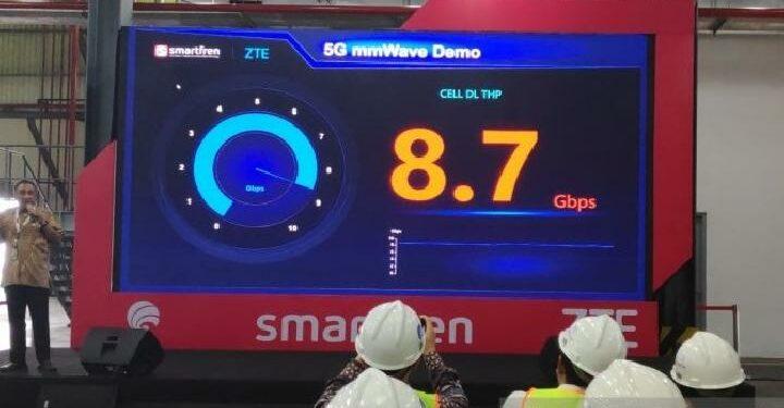uji coba jaringan 5G di pabrik Marunda Refinery milik PT Smart, 19 Agustus 2019.